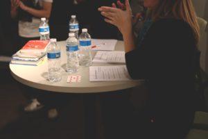 女性が活用できる会社を探す時の2つのポイント