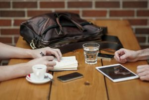 仕事しない人への5つの対処法。気持ちを切り替えよう
