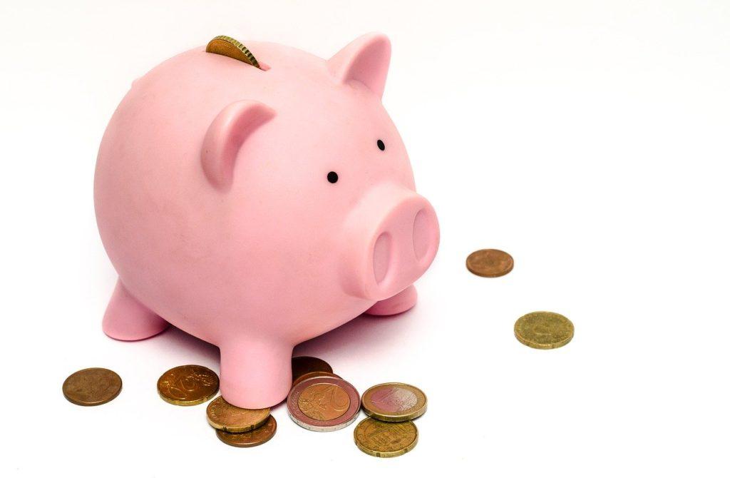 テレワークの導入で給料が減らされるのはあり?