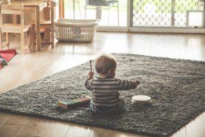 仕事と育児の両立には夫の意識を変えることが不可欠