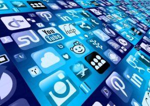 ビジネスパーソンに仕事効率化アプリは必須!
