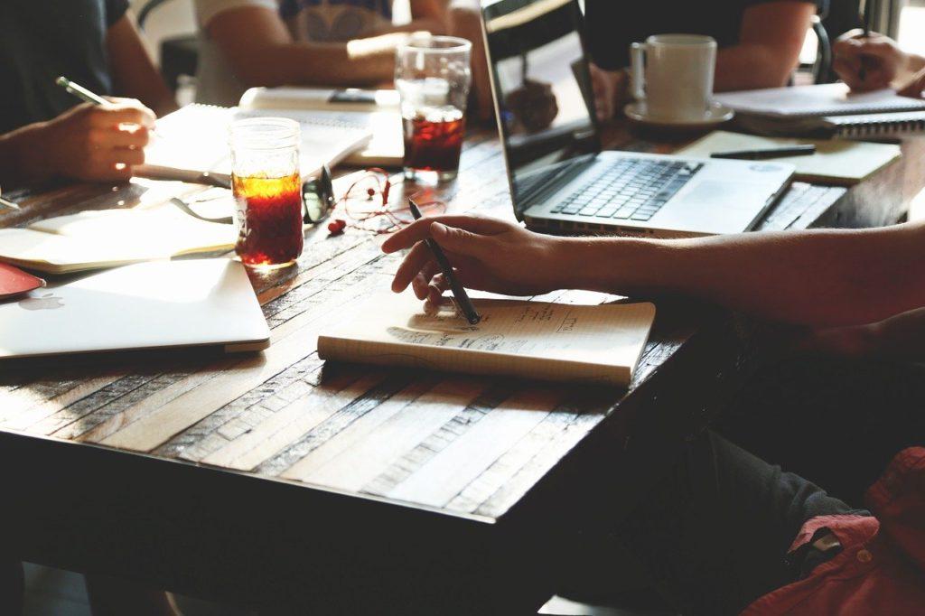 まとめ:女性管理職はチームの繋がりを強くする大切な存在