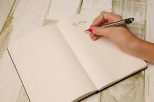 女性が転職活動を始める前に考えるべきキャリアプランのポイント