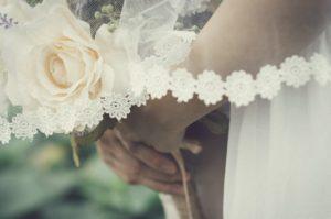 結婚を控えた女性の転職が難しいといわれる理由
