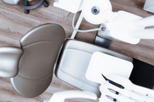 人の役に立つ仕事:歯科助手