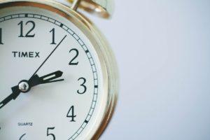 働く女性が仕事に行くための準備にかける時間はどのくらい?