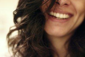 まとめ:仕事のやりがいは具体例を交えて自然な笑顔で話すのがポイント!
