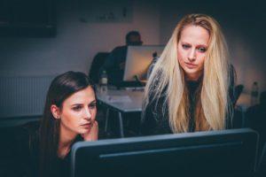 楽したい人の仕事術⑥仕事が早い人や仕事ができる人をまねる