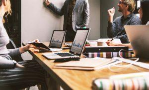 楽したい人の仕事術⑤職場内で良い人間関係を維持する